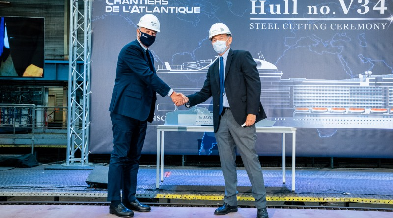 1-pierfrancesco-vago-executive-chairman-of-msc-cruises-and-laurent-castaing-chantiers-de-latlantiques-general-manager-2