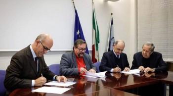 a-napoli-primo-porto-verde-del-sud-firmato-protocollo-tra-enel-autorita-portuale-e-caremar
