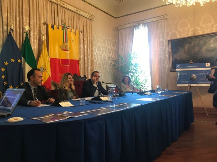 conferenza-stampa-napoli