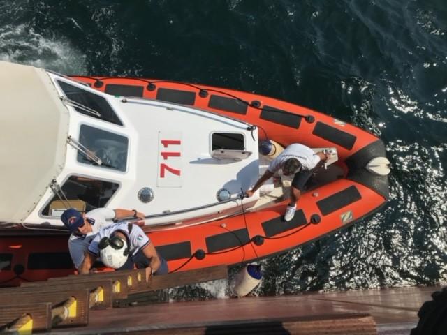 Guardia Costiera di Napoli: provvedimento di fermo amministrativo per una nave battente bandiera panamense