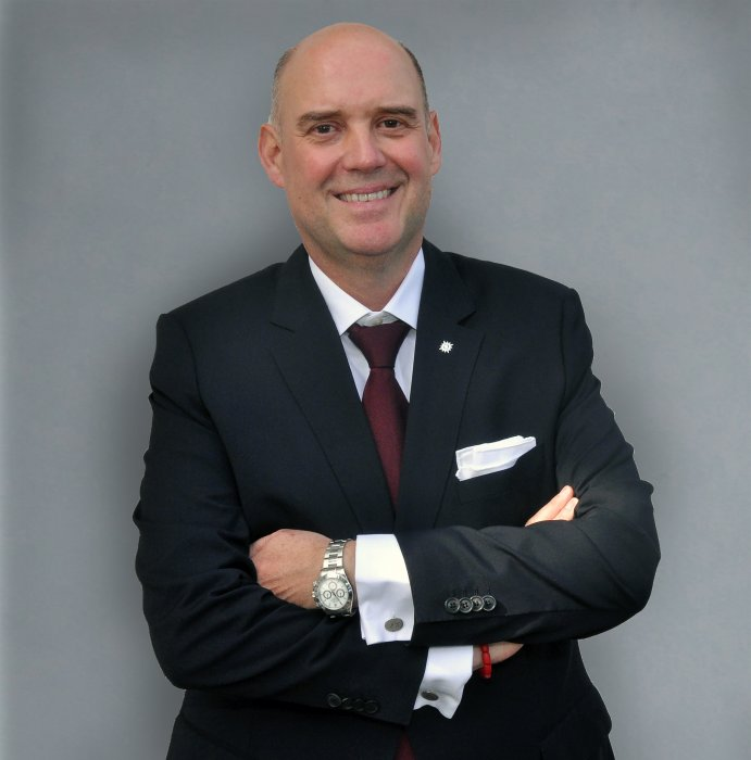 michael-ungerer-ceo-luxury-ships