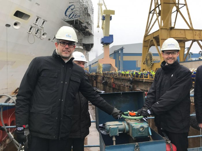 neilpalomba_janmeyer-opening-dry-dock-valves