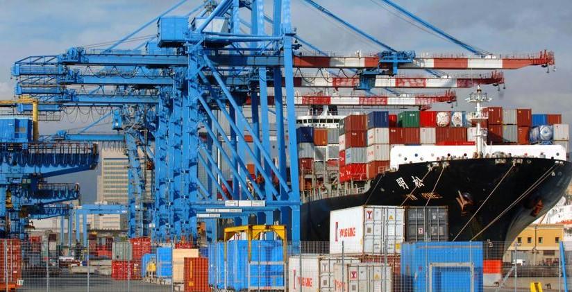 porto-di-genova-container