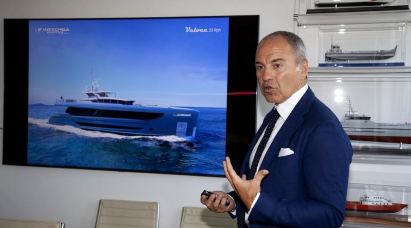 Vittoria Yachts presenta Veloce 32 Rised Pilot House
