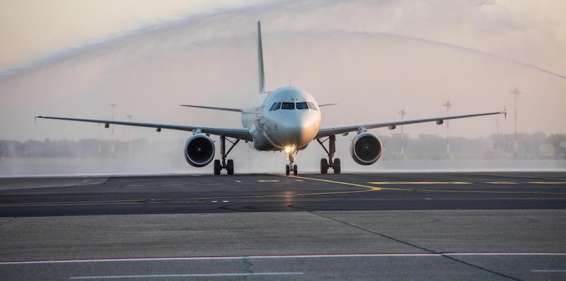 ++ Linate: atterra primo volo dopo i lavori ++
