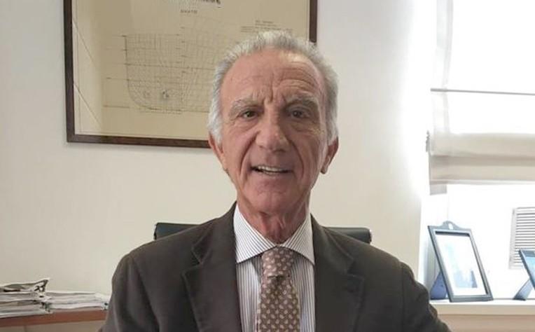 ambasciatore_petrone