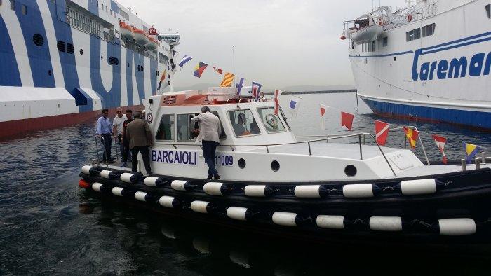 barca-ormeggiatori-napoli
