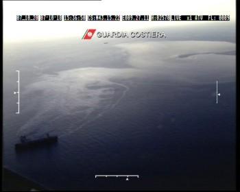 collisione-tra-mare-inquinamento