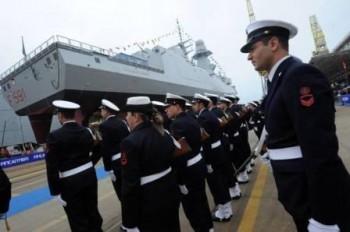La fregata della Marina Militare italiana intitolata a 'Virginio Fasan', capo meccanico morto in guerra Medaglia d' Argento al valore, varata nello stabilimento Fincantieri di Riva Trigoso (Ge). Lunga 139 metri, larga 19,7 metri, ha un dislocamento a pieno carico di circa 5900 tonnellate, puo' raggiungere una velocita' di oltre 27 nodi e ospitare 145 membri di equipaggio, 31 marzo 2012. ANSA/LUCA ZENNARO