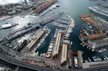 genova-marina-porto-antico-genova-porticciolo-vista-aerea-da-nord-2