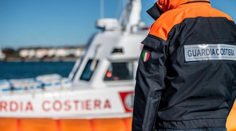 Disastro ambientale: la Guardia Costiera ha proceduto all'arresto di 18 persone