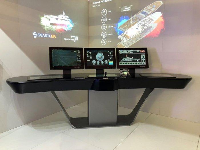 la-console-innovativa-light-bridge-di-seastema