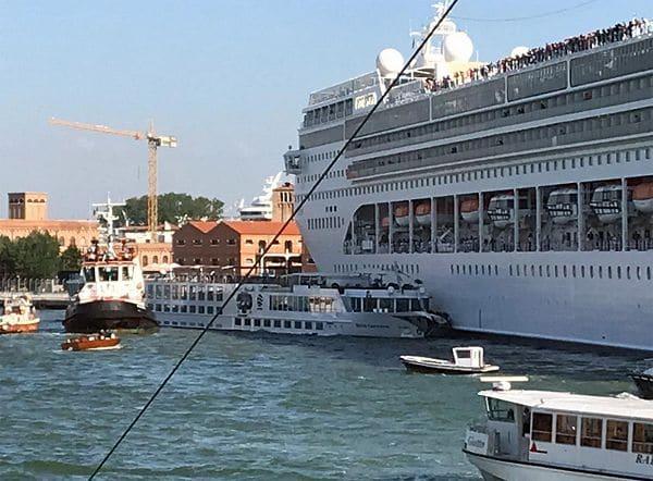 nave-msc-venezia