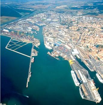 porto-di-livorno-344x350