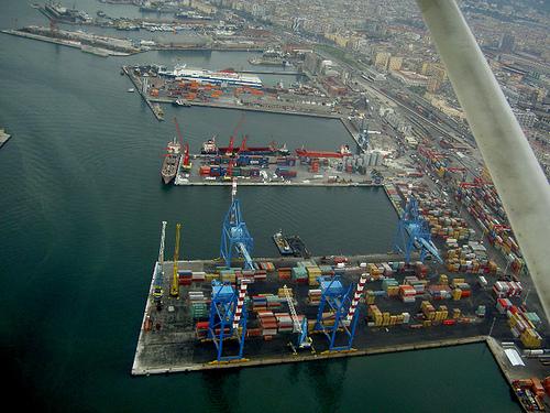 porto-napoli-containers