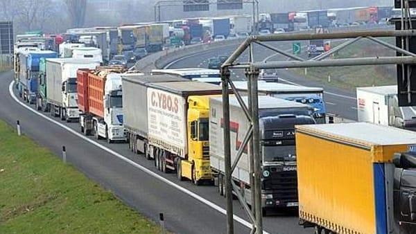 Autotrasporto verso la protesta: <br />Confitarma preoccupata per il fermo nei porti