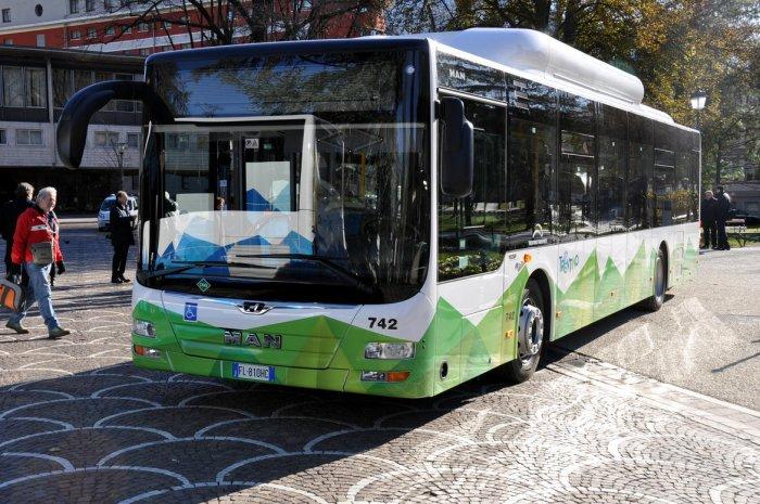 trentino_trasporti_nuovo_bus_metano_man